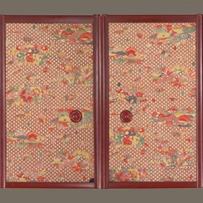 山に草花文小襖<br /><span>芹沢銈介 紬、型染 昭和時代〔日本〕1935年 68.6 x 37.7cm</span>