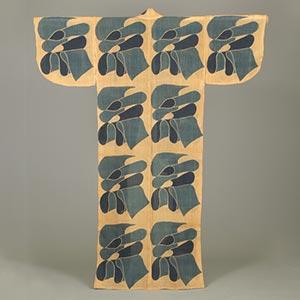 布文部屋着<br /><span>芹沢銈介 芭蕉、型染 昭和時代〔日本〕1959年 138.5 x 134.0cm</span>