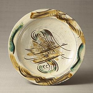 白掛櫛目色差皿<br /><span>バーナード・リーチ 二川 昭和時代〔日本〕1935年 9.0 x 50.5cm</span>