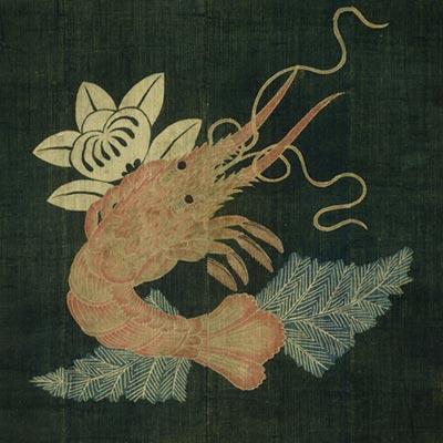 海老橘文様油単<br /><span>木綿、筒描 軸装 江戸~明治時代〔日本〕19世紀 113.7 x 110.0 cm</span>