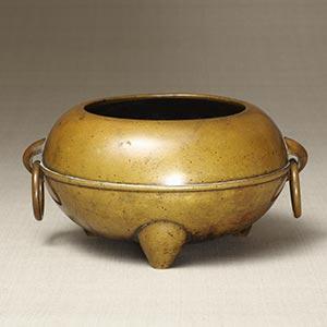 香炉<br /><span>真鍮 朝鮮時代〔朝鮮半島〕19世紀 11.2×22.7㎝</span>